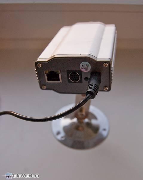 Вид сзади IP Wired 300K CMOS