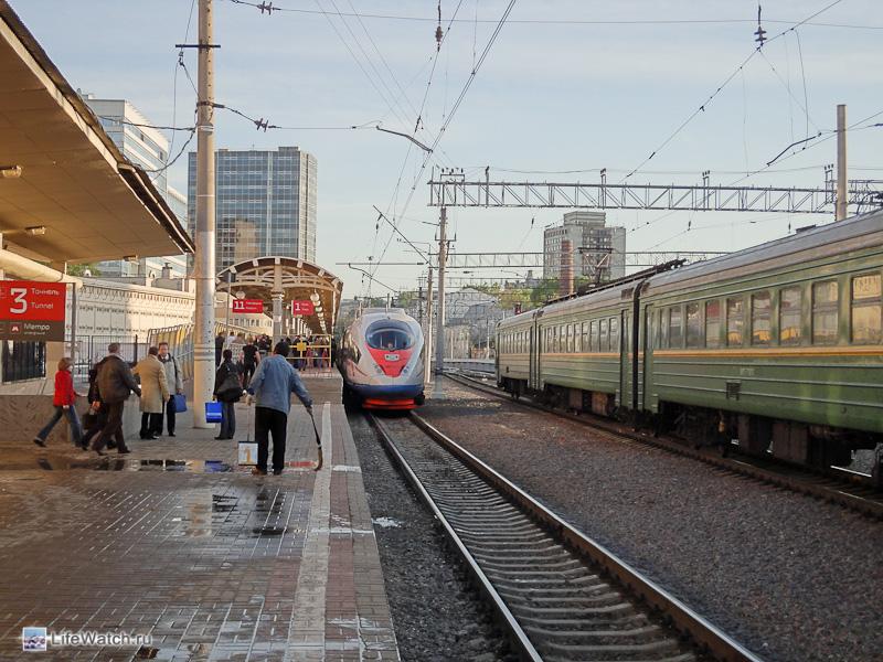 Платформа Сапсана. Курский