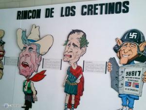 Забавный плакат про президентов США (los cretinos) в музее Революции. Куба