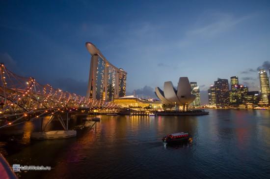 Мост-ДНК (DNA bridg) и Marina Bay ночью
